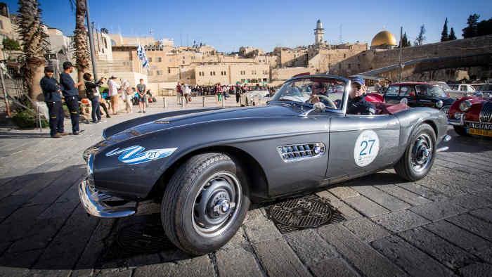 Historische Oldtimer-Rallye durchs Heilige Land