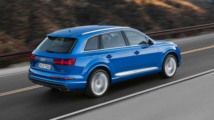 Der Audi Q7 hat mindestens 218 PS zur Verfügung.