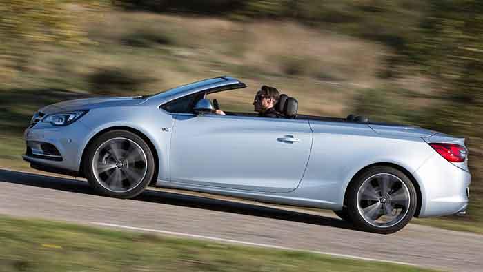 Opel frischt den Cascada für den Sommer auf.