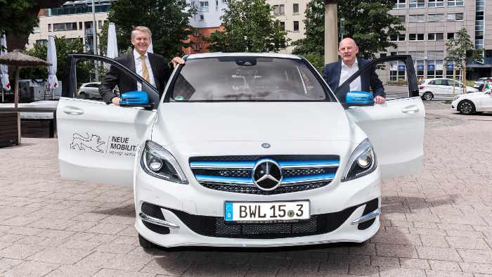 Thomas Weber und Winfried Hermann, B-Klasse ed neu Daimler