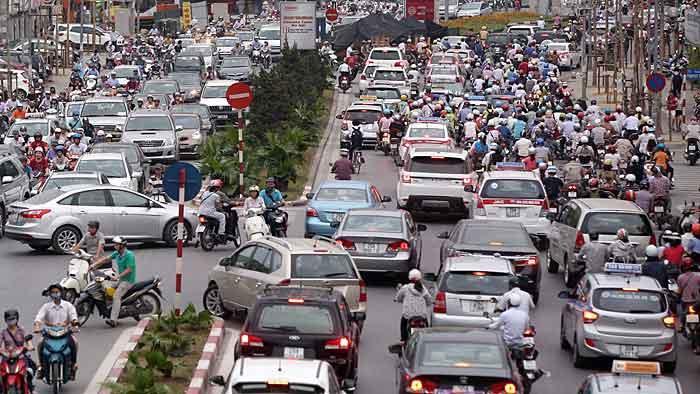 Die Zahl der Autos in Vietnam wächst enorm.