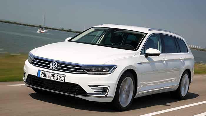 Der VW Passat GTE schafft bis zu 40 Kilometer rein elektrisch.