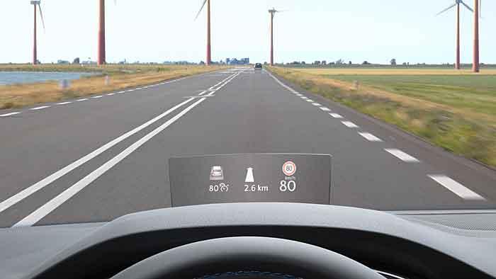 Das Head-up-Display kann beim VW Passat geordert werden.