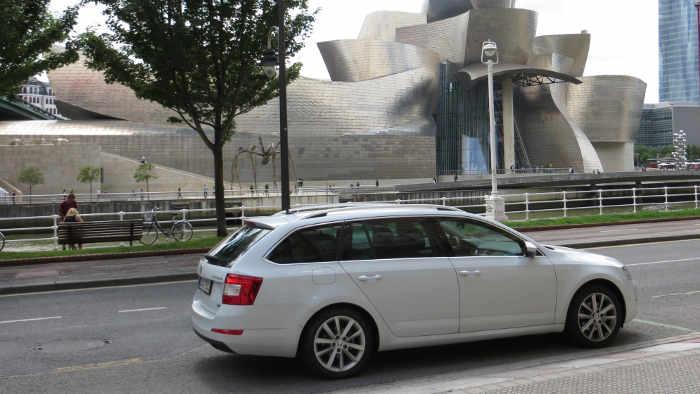 Der Erdgas-Octavia in Bilbao