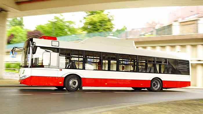 Der Solaris Urbino fährt mit Erdgasmotoren von Iveco.