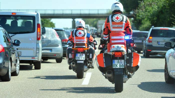Motorradstreife Rotes Kreuz
