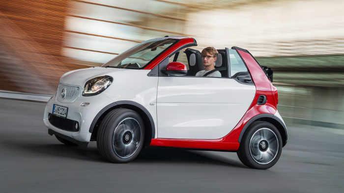 Das Smart Fortwo Cabrio wird auf der IAA gezeigt.