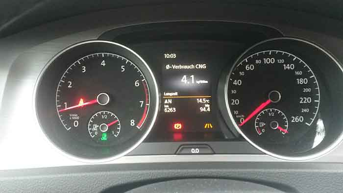 Mit dem VW Golf TGI Bluemotion ist man sparsam und umweltschonend unterwegs.
