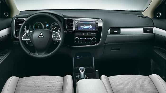 Der Mitsubishi Plug-in Hybrid Outlander wurde überarbeitet.