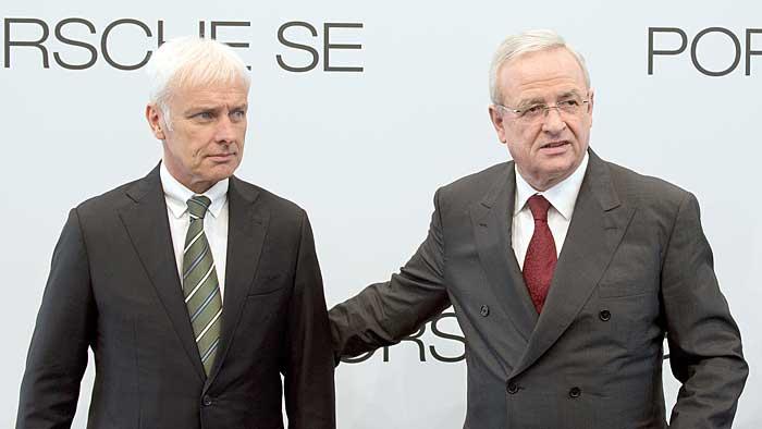 Der eine kommt, der andere geht: Michael Müller (.) und Martin Winterkorn.