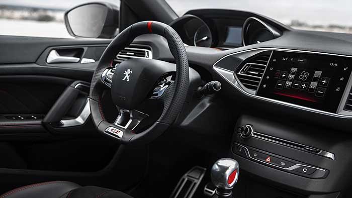 Der Peugeot 308 GTi verfügt über 272 PS.
