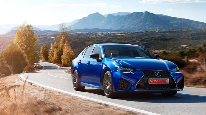 Lexus GS-F: Auf die alte Art