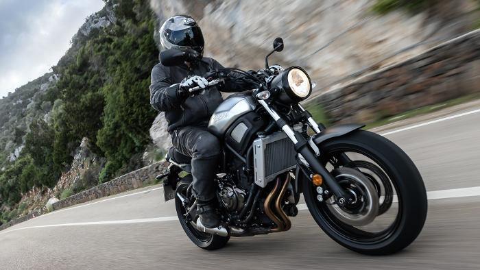 Die Yamaha XSR 700 kostet unter 7500 Euro.
