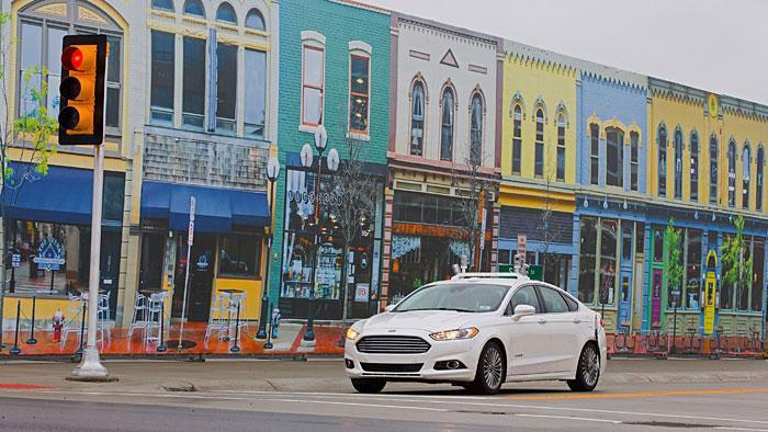 Der Ford Fusion Hybrid fährt autonom durch