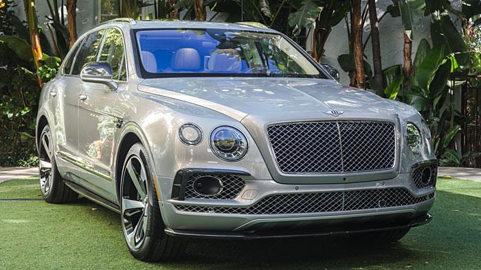 Der Bentley Bentayga schafft über 300 km/h.