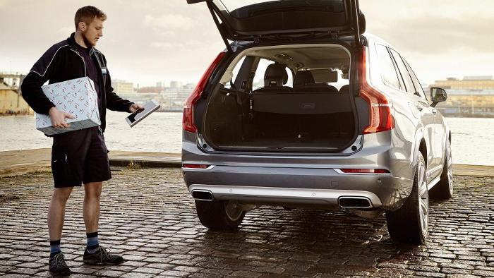 Bei Volvo kommt das Paket ins Auto