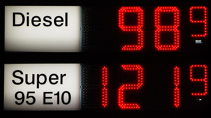 Die Kraftstoffpreise sind weiter rückläufig.