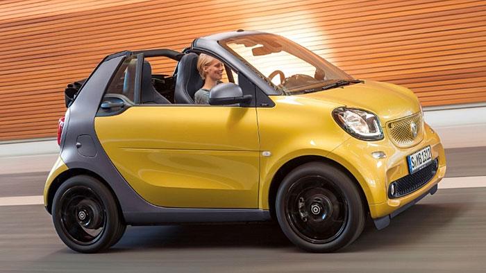 Das Smart Fortwo Cabrio kostet mindestens 15.655 Euro.