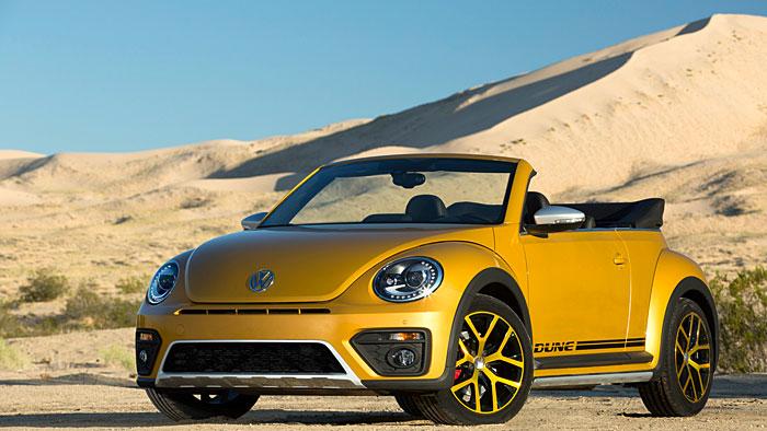 VW schickt den Beetle Dune in die Wüste.