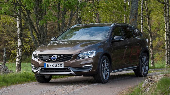 Volvo V60 Cross Country: Zwischen Kombi und SUV