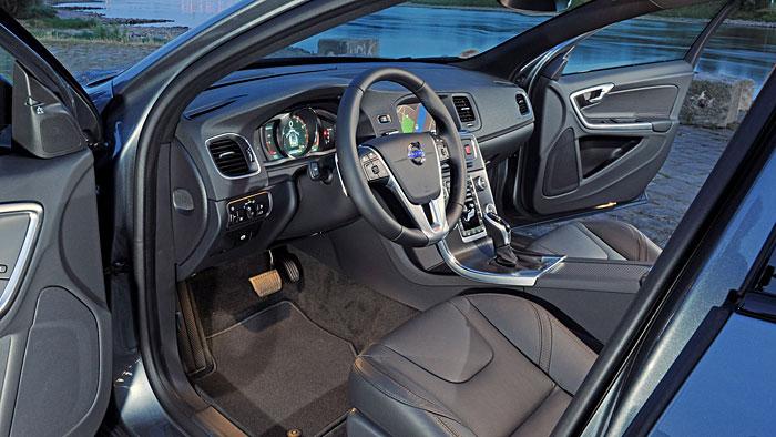 Der Volvo V60 Cross Country ist ein Mix aus Kombi und SUV.