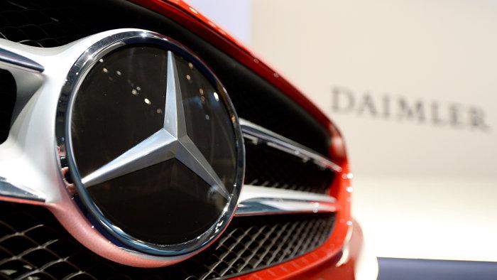 Der Streit zwischen Mercedes und der DUH eskaliert.