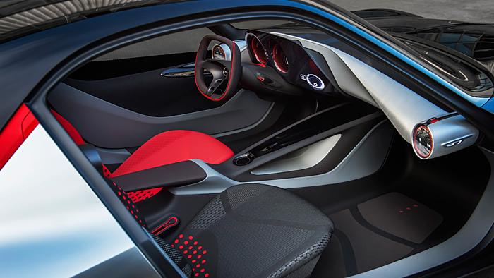 Opel präsentiert das Cockpit des GT Concept.
