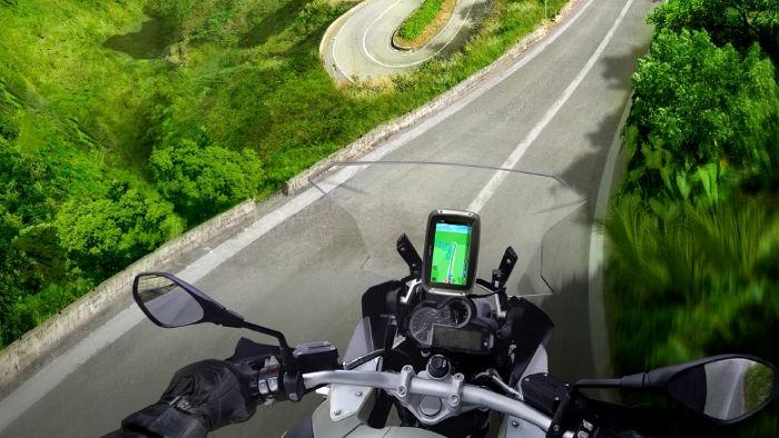Das TomTom Rider 410 ist ab April erhältlich.
