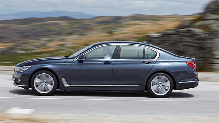 Der BMW 740i verfügt über genügend Leistung