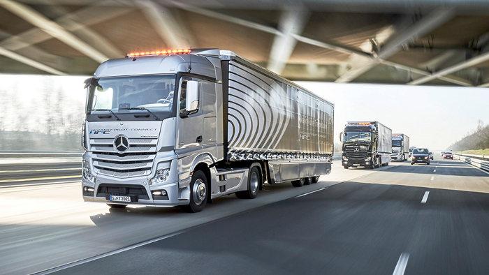 Daimler vernetzt die Trucks für mehr Effizienz