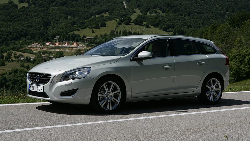 Der Volvo V60 kostet gebraucht mindestens 11.000 Euro.