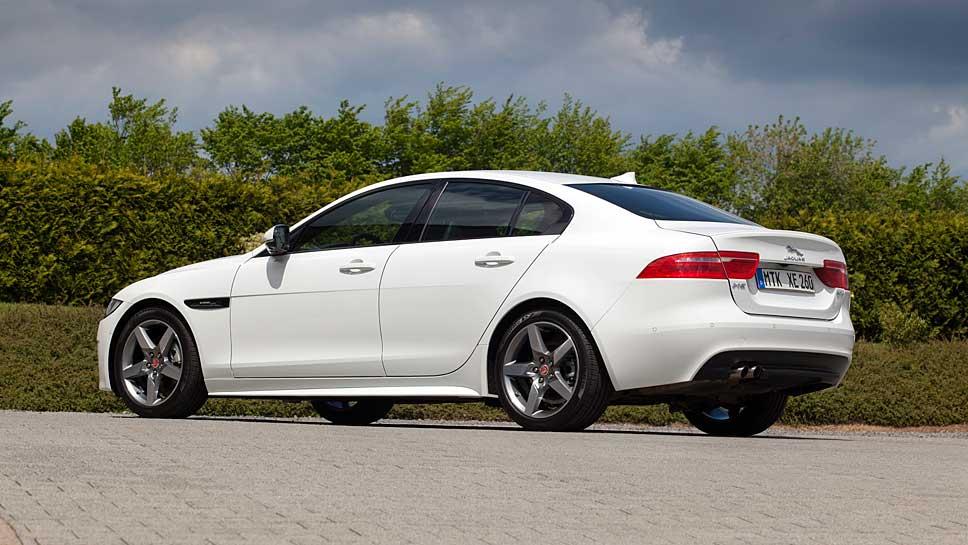 Der Jaguar XE bietet sich als Alternative in der Premium-Mittelklasse an.