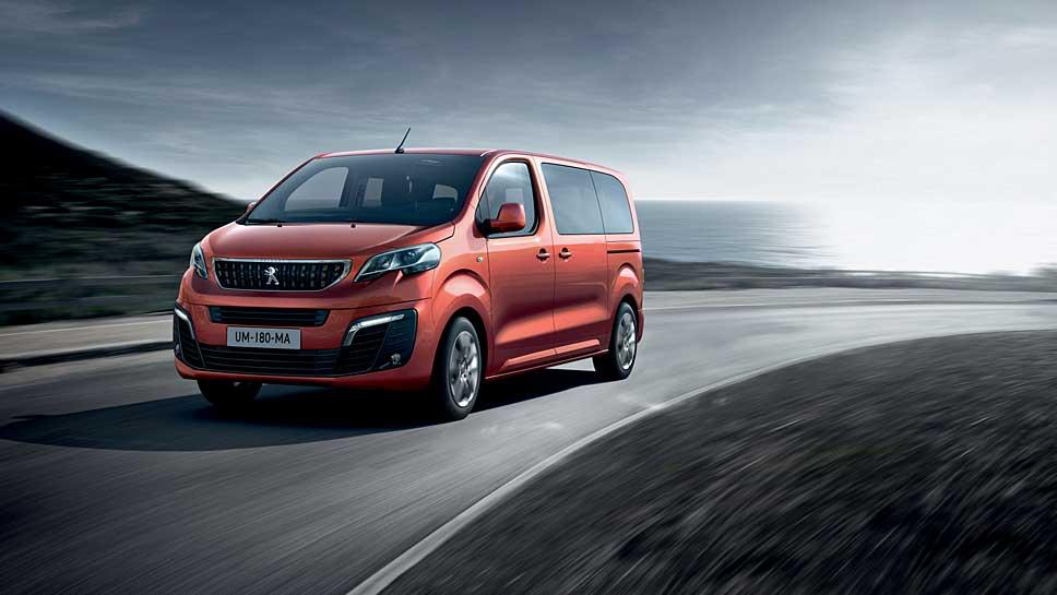Aus dem Peugeot Expert wird der Traveller.