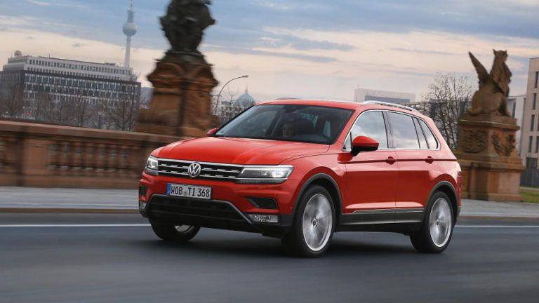 Verkäufe von Kernmarke VW nehmen dritten Monat in Folge ab