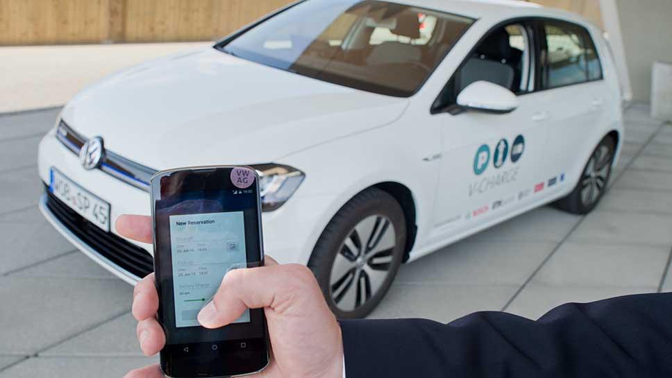VW lässt parken und laden zugleich