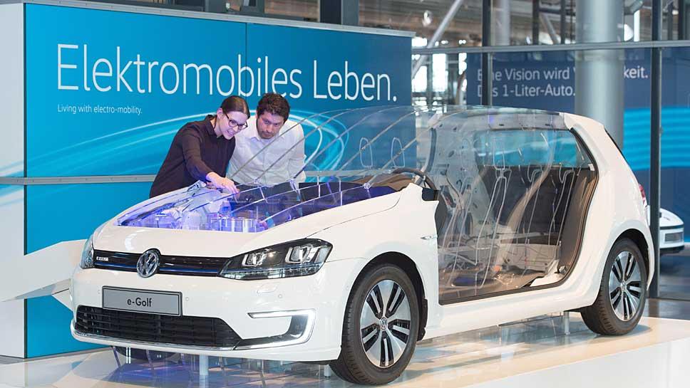 Der e-Golf in der Gläsernen Manufaktur Dresden