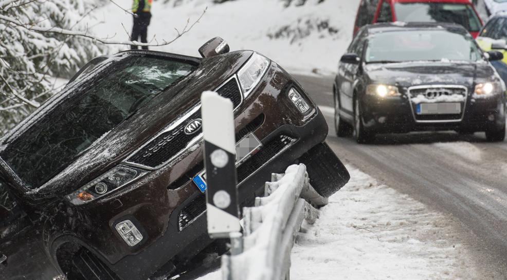 In einigen Teilen Deutschlands wie hier im Schwarzwald ist der Winter zurück.