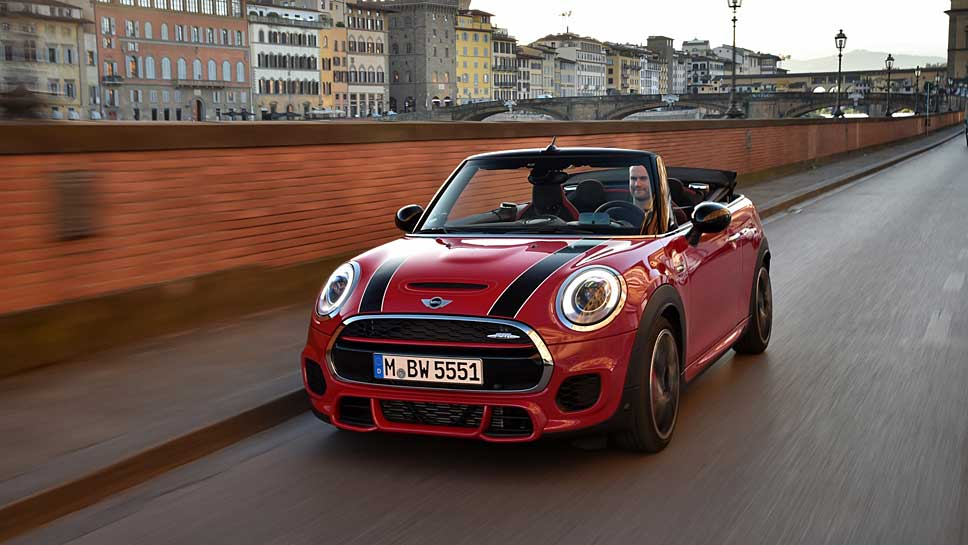 mini john cooper works cabrio flottes open air festival. Black Bedroom Furniture Sets. Home Design Ideas