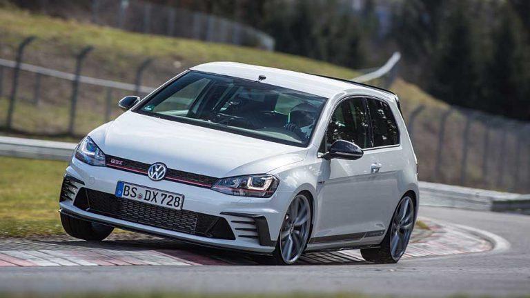 VW beschenkt Golf GTI am Wörthersee