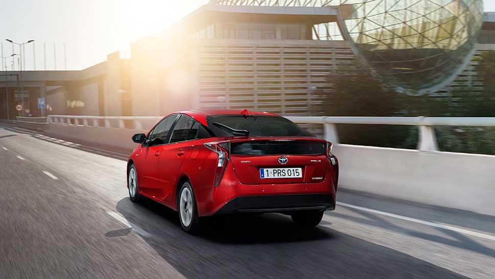 Der Toyota Prius fährt bereits in vierter Generation vor