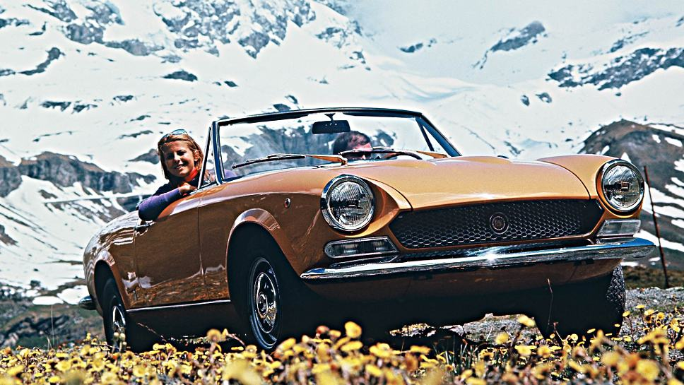 Der Fiat 124 Spider feiert Geburtstag.