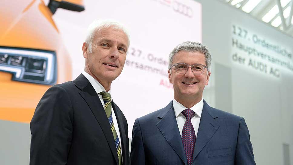 Matthias Müller (l.) und Audi-Chef Rupert Stadler wollen schnell klare Verhältnisse schaffen