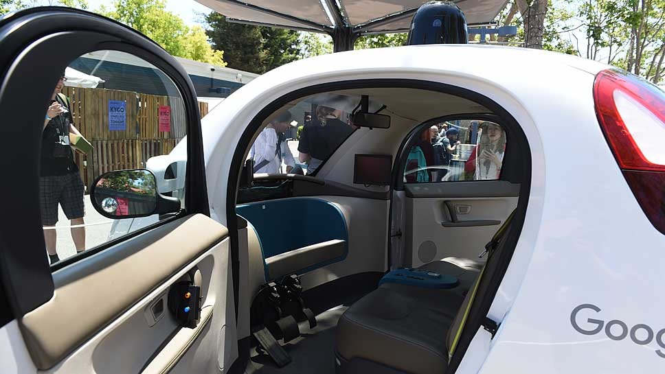 Blick in ein selbstfahrendes Google-Auto