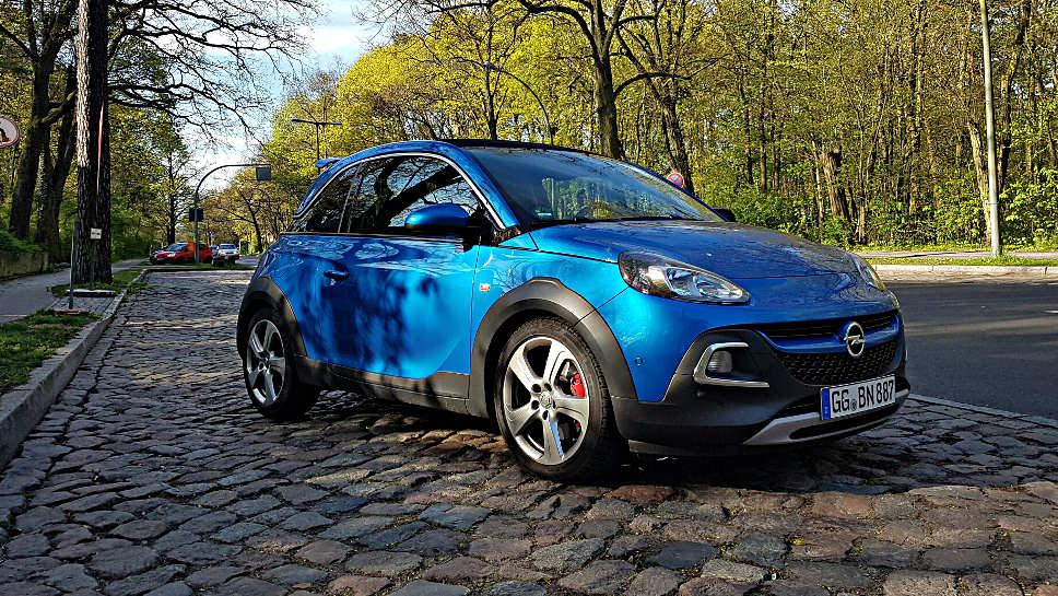 Der Opel Adam Rocks S macht optisch etwas her.