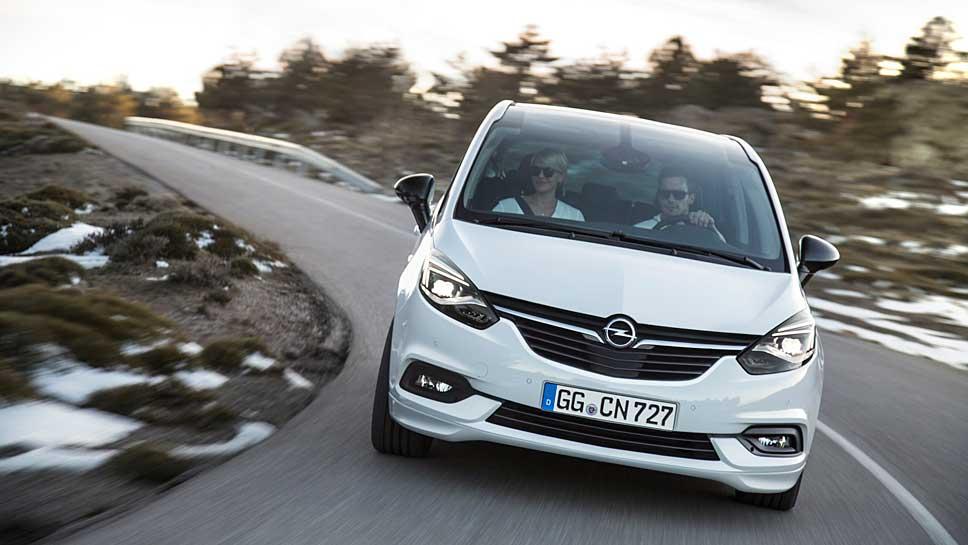 Opel hat die Front des Zafira zurückhaltender gestaltet
