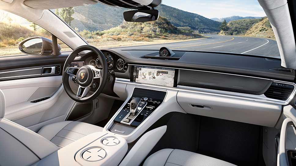 Im Porsche kommt das Advanced Cockpit zum Einsatz