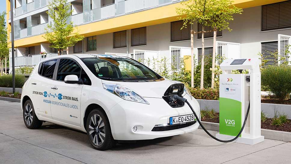 Der Nissan Leaf dient nicht nur als reines Elektroauto