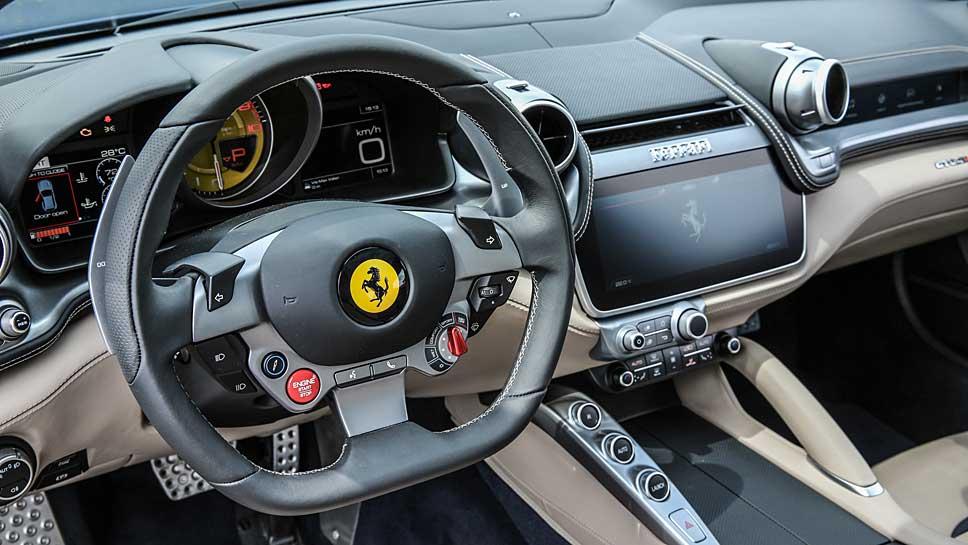 Der Ferrari GTC4Lusso bietet Platz für Vier