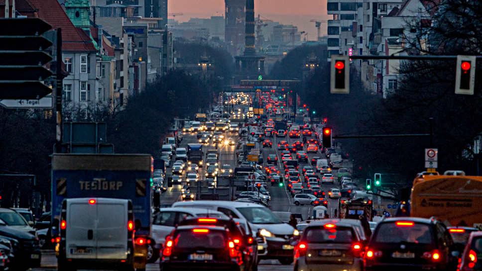 Eine hohe Verkehrsdichte kann Demenz fördern