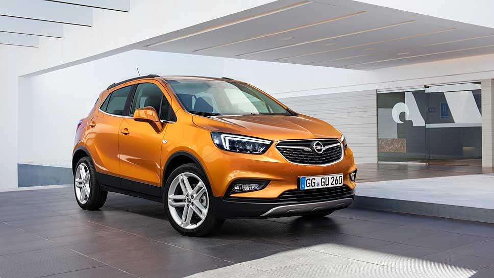 Opel stattet den Mokka X mit IntelliLink und OnStar aus.